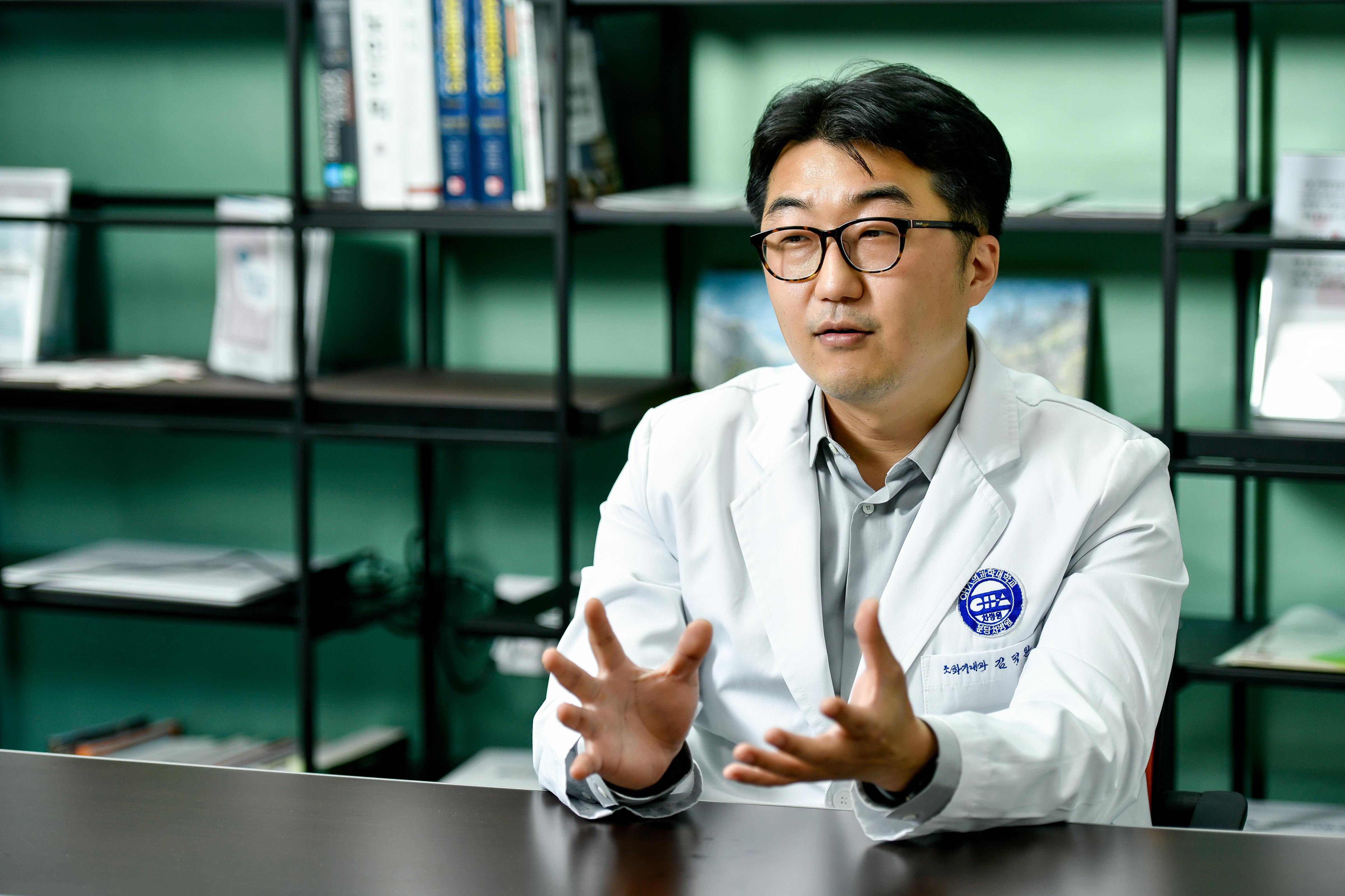"""""""2030 복통·설사 방치하다 장 잘라내…치료 시기 놓치면 난치성으로 악화"""""""