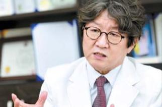 """""""중소병원 문 닫으면 지역 주민이 숙련된 치료 받을 기회 줄어"""""""